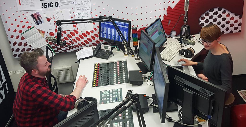 Franzi & Julian im Studio_my-radio